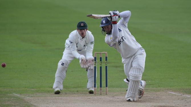 Tim Ambrose has committed his future to Warwickshire