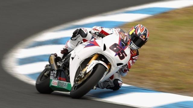 Rea fastest in Nurburgring second qualifying