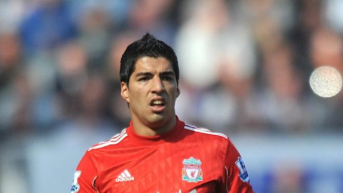 Luis Suarez has condemned Manchester United's 'politicial pwer' in the English game