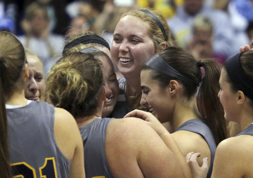 Lauren Hill wins all-conference honors for her courage