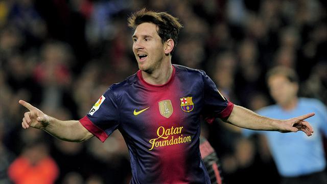 Liga - Messi gets record chance against Benfica