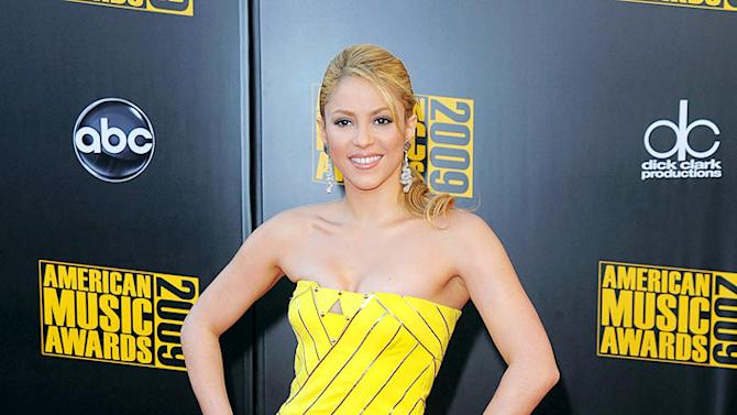 Shakira AM Awards