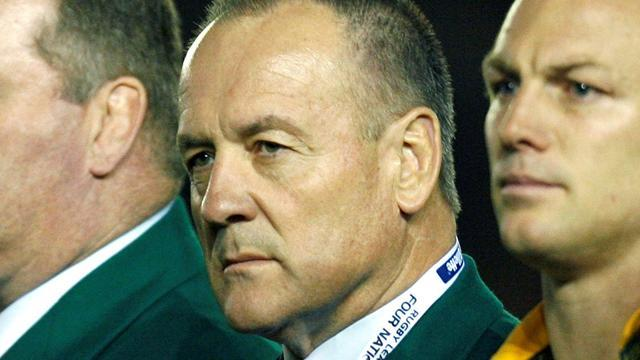 Rugby League - Sheens signs on again as Kangaroos coach
