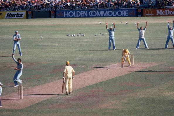 Imran Khan appeals against the LBW during the grand final of the Supertest in Sydney, 4th February 1979. (Photo by Adrian Murrell/Getty Images)
