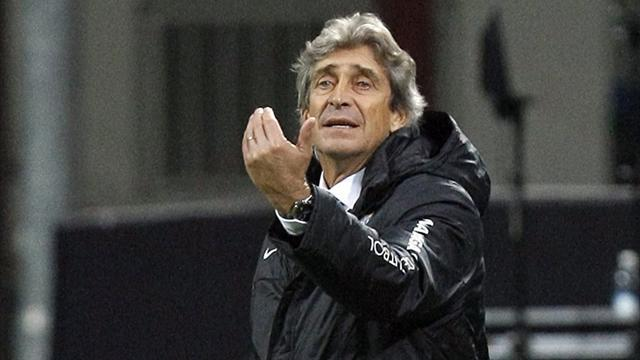 Premier League - Pellegrini silent on City link