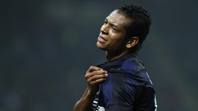 Serie A - Inter chief: Guarin has offer 'from big club'