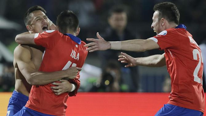 Copa América - Chile beat Argentina on penalties to win first Copa America