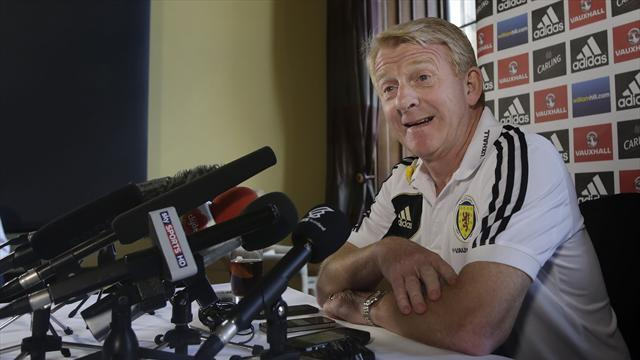 Football - Strachan keen to face Welsh