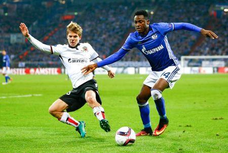 Football Soccer - FC Schalke 04 v OGC Nice - Europa League