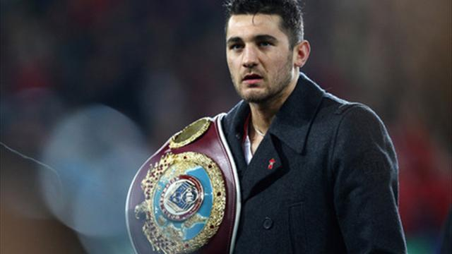 Boxing - Cleverly must evolve for Kovalev