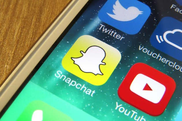 Thousands of Snapchat photos leaked and shared (TheJournal.ie)