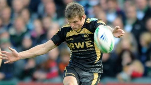 Biggar stars for Ospreys, Ulster win to stay top