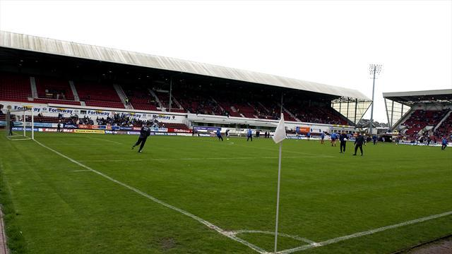 Football - Dunfermline fate unresolved