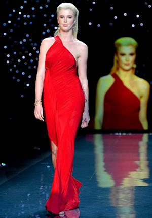 Ireland Baldwin Rocks the Runway at Go Red/Heart Truth Fashion Week Show: Picture