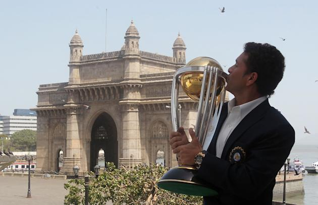Indian cricketer Sachin Tendulkar kisses