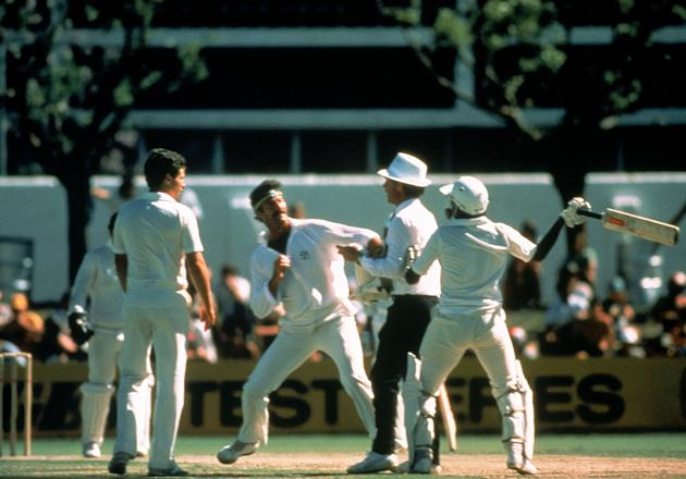 Javed Miandad Vs Dennis Lillee