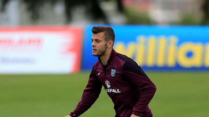 World Cup - Wilshere delight at receiving Beckham's iconic No. 7 shirt