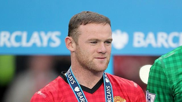 Premier League - Rooney waits on Fergie's final team