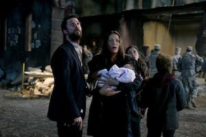 'Falling Skies' Star Noah Wyle Teases an 'Amped Up' Season 3