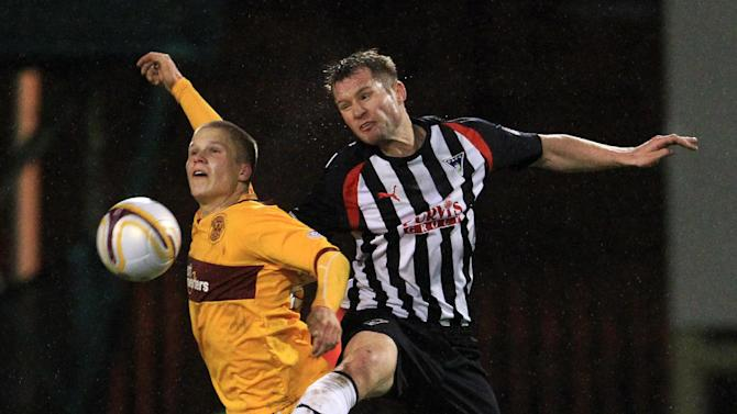 Motherwell's Henrik Ojamaa, left, is not concerned about his recent goal drought