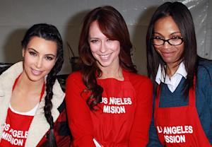 Newly Single Kim Kardashian, Zoe Saldana Serve Food to the Homeless