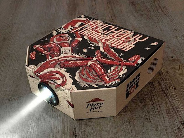 Pizza Hut has a new box that turns into a movie projector for your smartphone.
