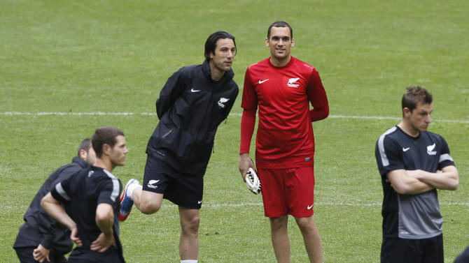 New Zealand's national soccer player Ivan Vicelich and goalkeeper Tamati Williams attend a training session at Azteca stadium in Mexico City