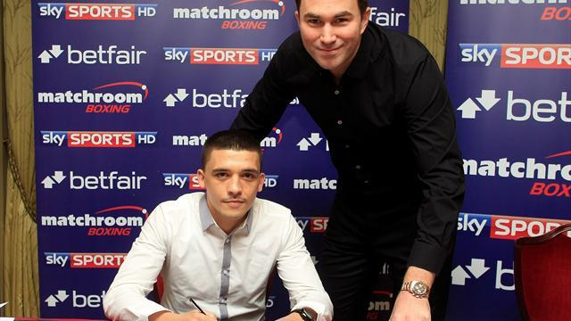 Boxing - Selby latest to join Matchroom stable