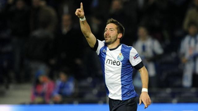 Champions League - Moutinho goal 'looked offside'