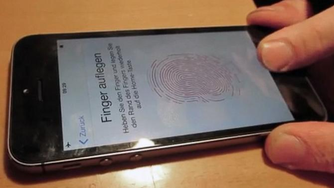 iPhone 5S Fingerprint Sensor Fooled by German Hacker Group