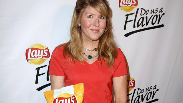 Lay's Cheesy Garlic Bread Potato Chips Win 'Do Us a Flavor' Contest
