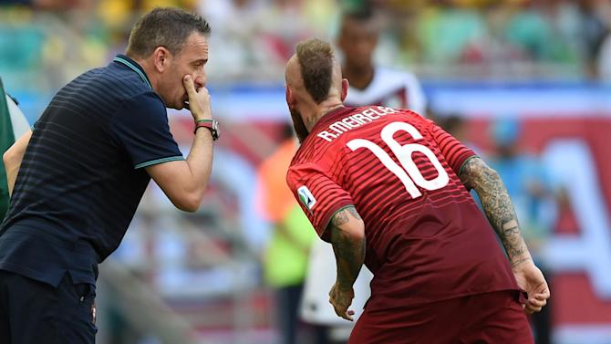 World Cup - Portugal's Meireles in the clear over raised fingers
