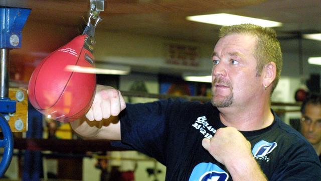Boxing - Nielsen hopes for return after hip replacements