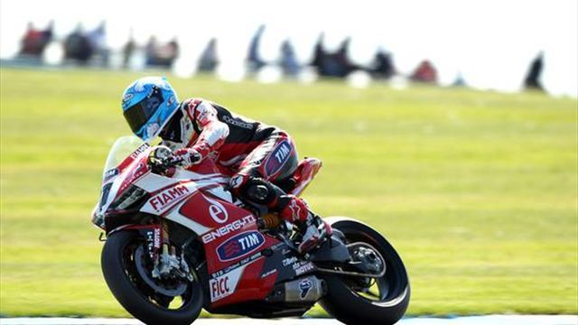 Superbikes - Donington WSBK: Checa ruled out of race two