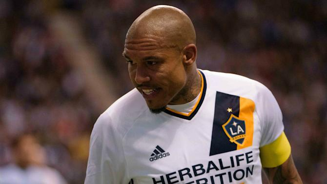 Sources: Galaxy pushing to unload De Jong