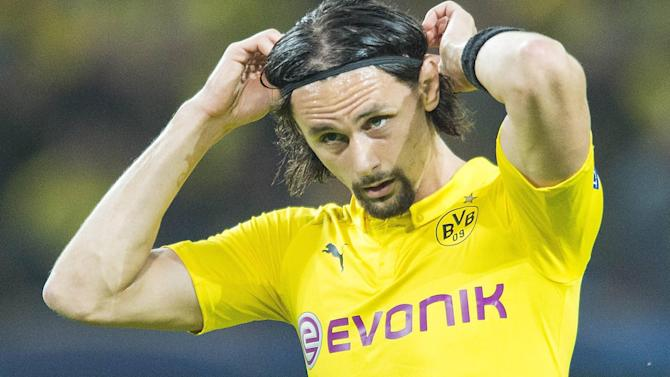 Euro 2016 - Borussia Dortmund's Neven Subotic turns down Serbia return