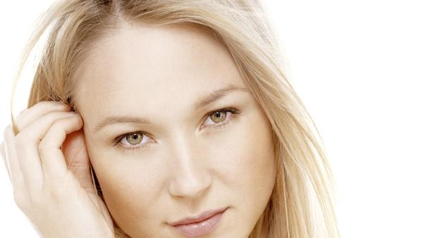Jewel Gets Tender on 'Two Hearts Breaking' – Song Premiere