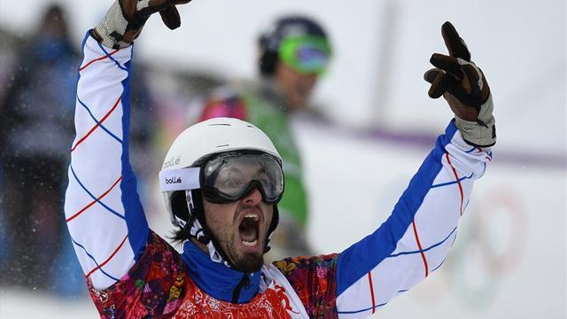 Snowboard - France's Vaultier wins men's snowboard cross