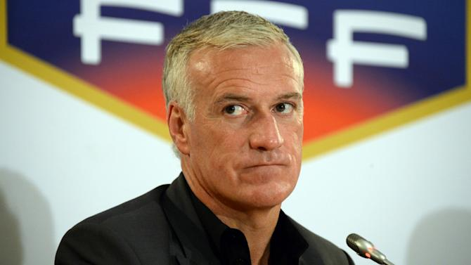 Deschamps: France not to blame for Benzema injury