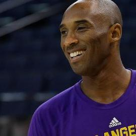 Lakers coach Byron Scott: 'Not an option' to bench Kobe Bryant