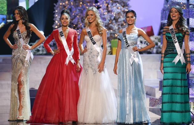 The remaining five contestants, from left, Miss Brazil, Gabriela Markus; Miss USA, Olivia Culpo; Miss Australia, Renae Ayris; Miss Philippines, Janine Tugonon; and Miss Venezuela, Irene Sofia Esser Qu