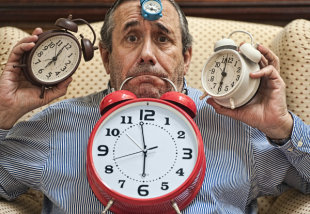 When Is The Best Time To Post On Facebook? image too many clocks 600x414