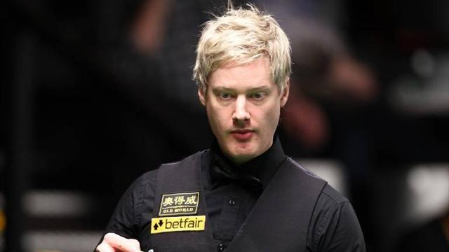 Snooker - Robertson battles past Williams in Beijing
