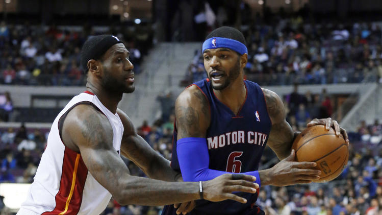 James scores 24, Heat rout Pistons 110-95