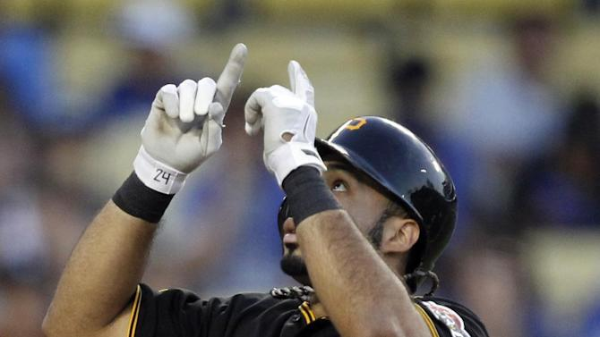 Pirates score 3 in 7th to beat Dodgers 6-3