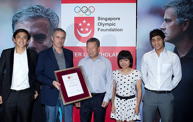 Jose Mourinho is in town to support the Singapore Olympic Foundation - Peter Lim Scholarship (Yahoo! Photo)