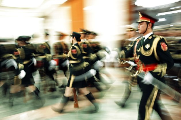 Members of the Chinese People's Liberation Army (PLA) honour guard on Feb. 4, 2015. (Reuters)
