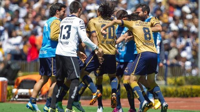 South American Football - Pumas reach Clausura knockout phase