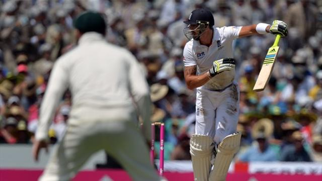 Ashes - Australia rip through England's top order in fifth Test