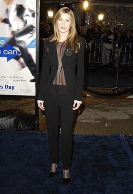 Premiere:  Ellen Pompeo at the Hollywood premiere of Dreamworks' Catch Me If You Can - 12/16/2002